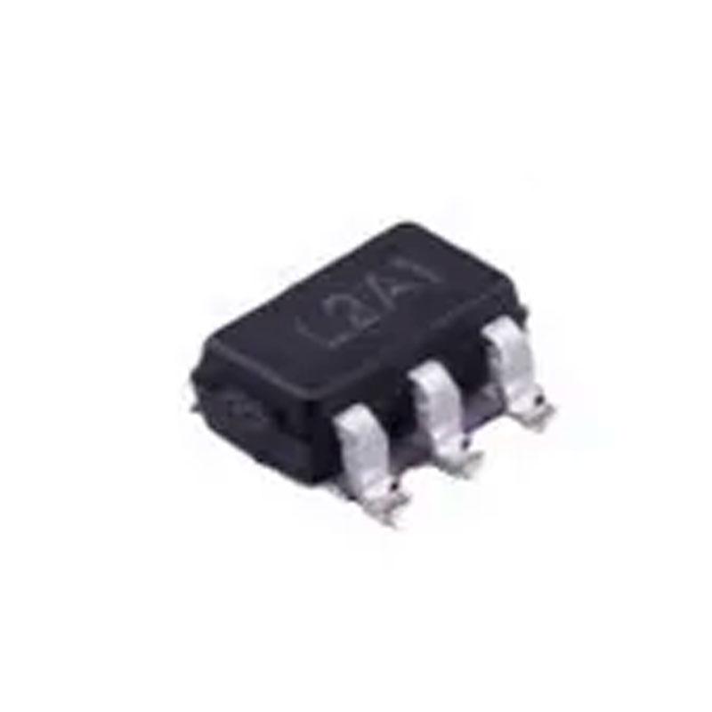 Controller IC Chip -  APL3512 L2 APL3512A/B 3512 L2A8 SOT23-5